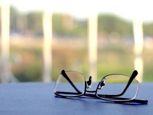 797px-reading_glasses1