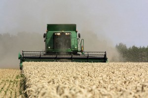 800px-combine_at_work